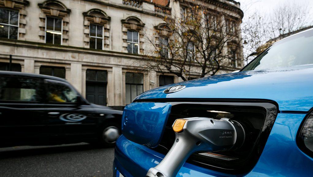 UK πωλήσεις ηλεκτρικών αυτοκινήτων