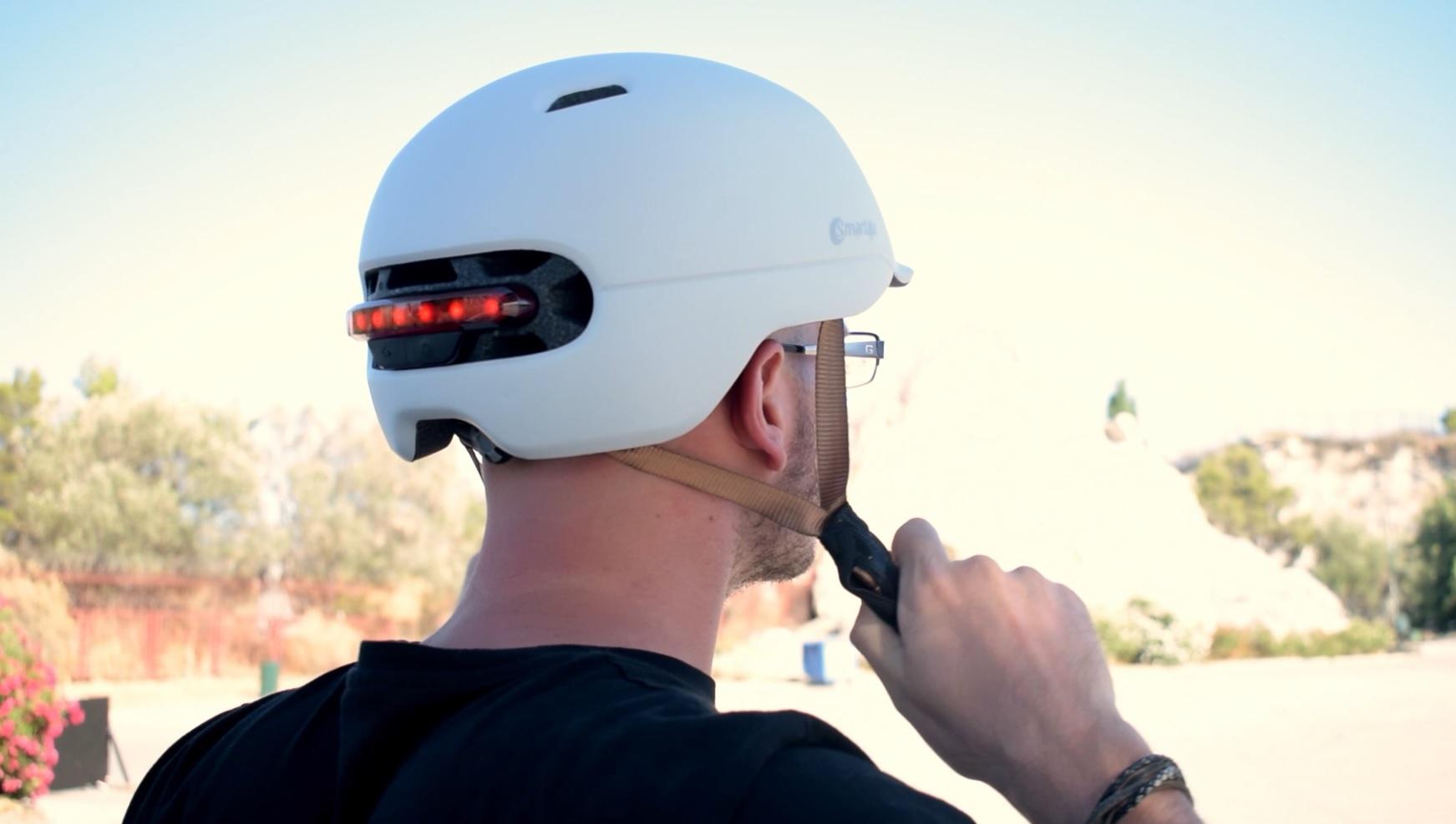 Υποχρεωτικό το κράνος για ποδηλάτες και αναβάτες πατινιών - GetElectric